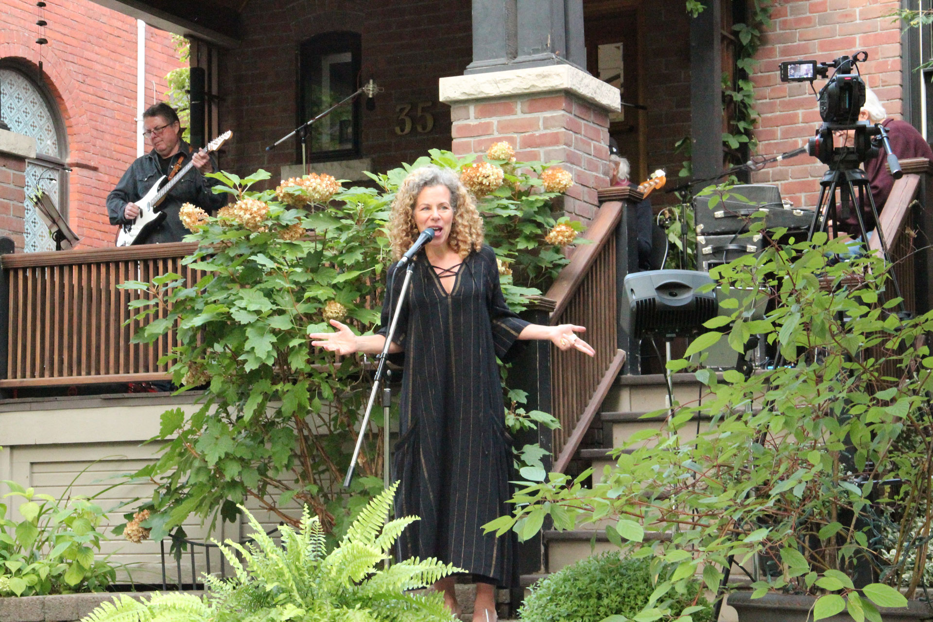 Stephanie Martin performing at the Porch Concert